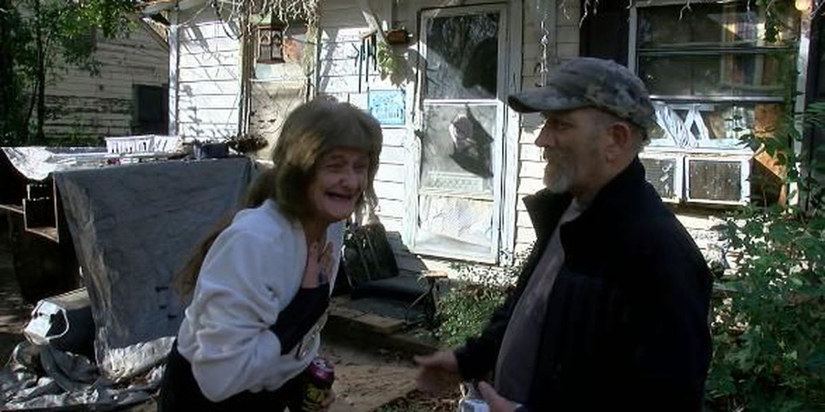 Longview woman on disability gets new roof from 'Santa's Helpers'