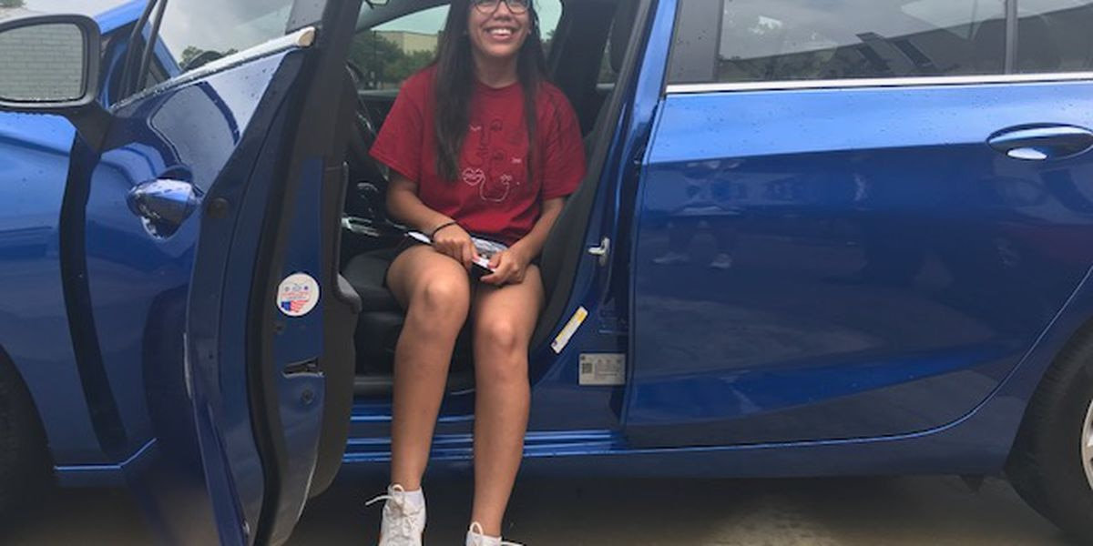 KC student wins car with college's Cruise for Success incentive program