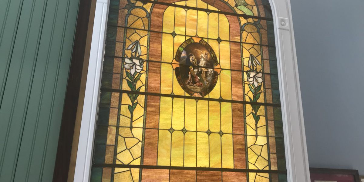 'Breathtaking' stained glass window shines inside East Texas Oil Museum