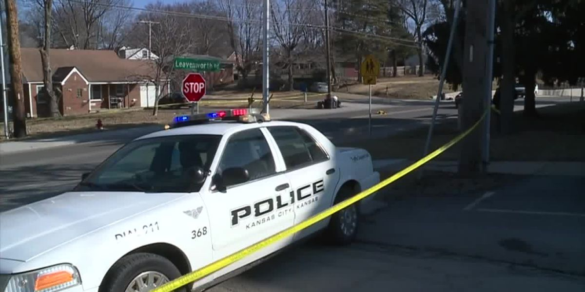 Witnesses: Kan. crossing guard saved 2 children from speeding car before he was fatally struck