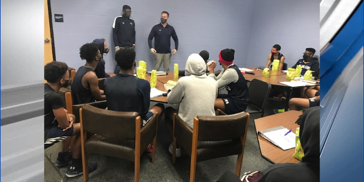 Man up Monday teaches Pine Tree basketball players important life lessons