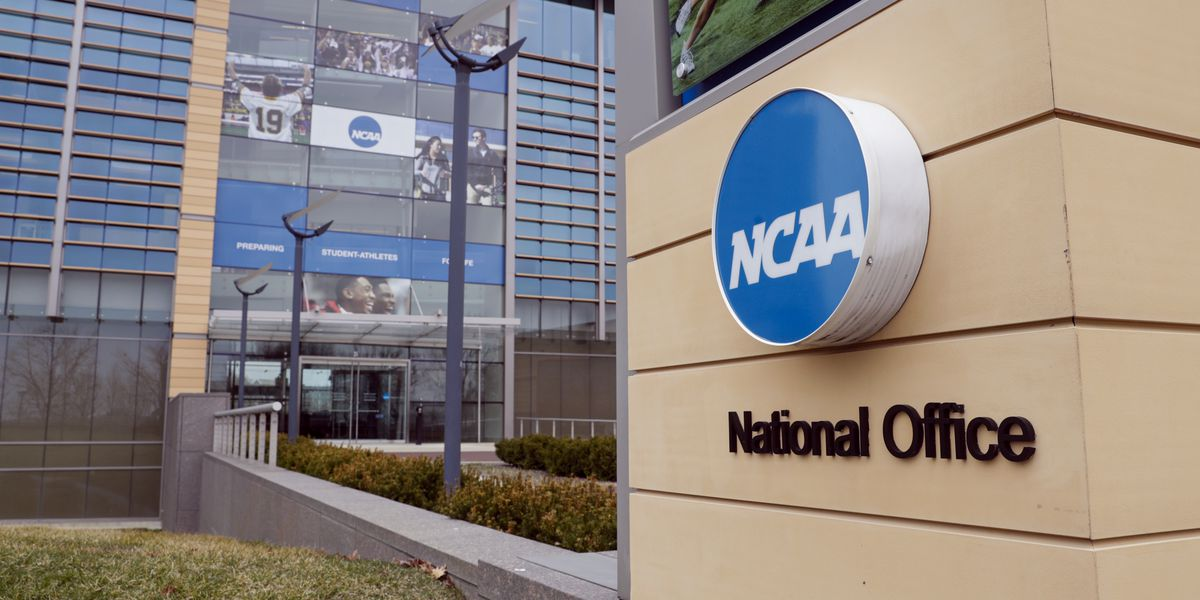 Study: racial graduation-rate gap grows for men's NCAA teams