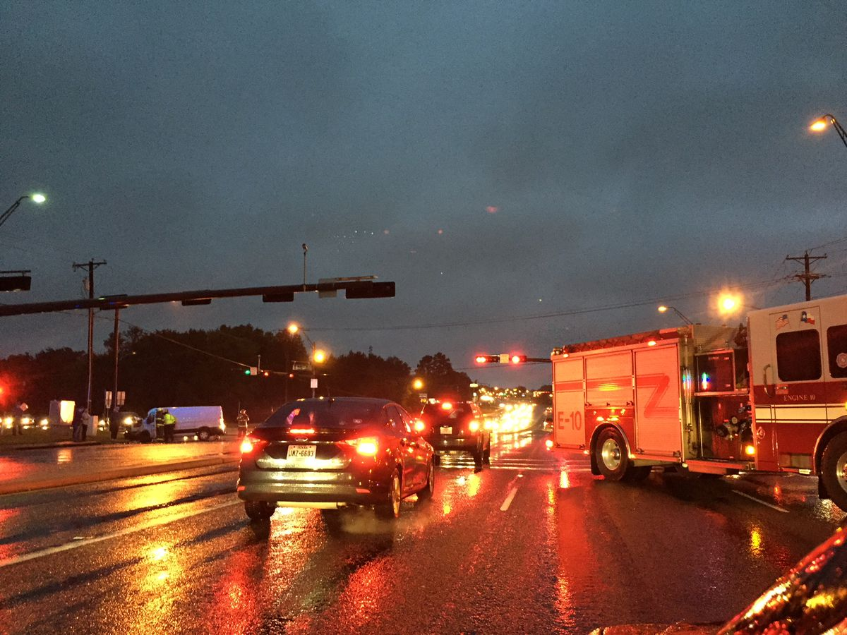 TRAFFIC ALERT: Crews responding to major crash on Loop 323