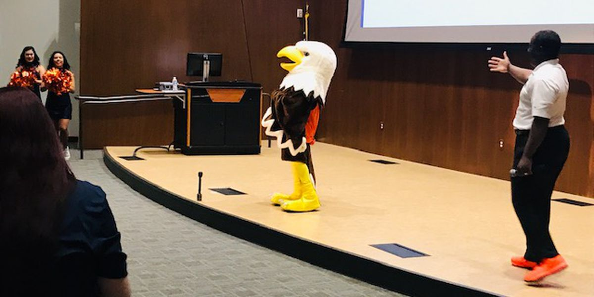 UT Tyler decides not to change Patriot mascot