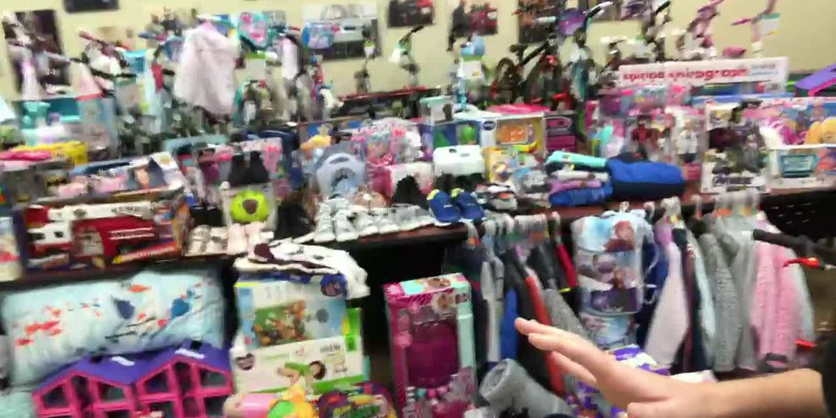 WEBXTRA: Scandrill buys gifts for angels of Salvation Army's Angel Tree