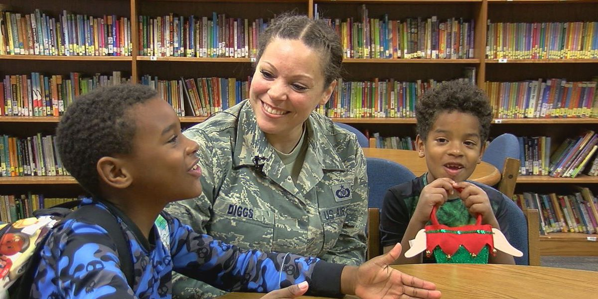 Military family reunited in East Texas just time for Christmas
