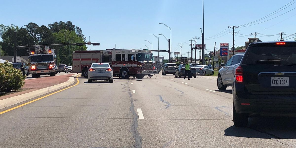 TRAFFIC ALERT: Crews responding to wreck near Kinsey and Loop 323