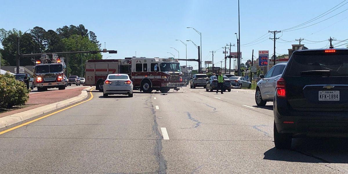 TRAFFIC ALERT: Crews responding to wreck near Kinsey and Loop 323