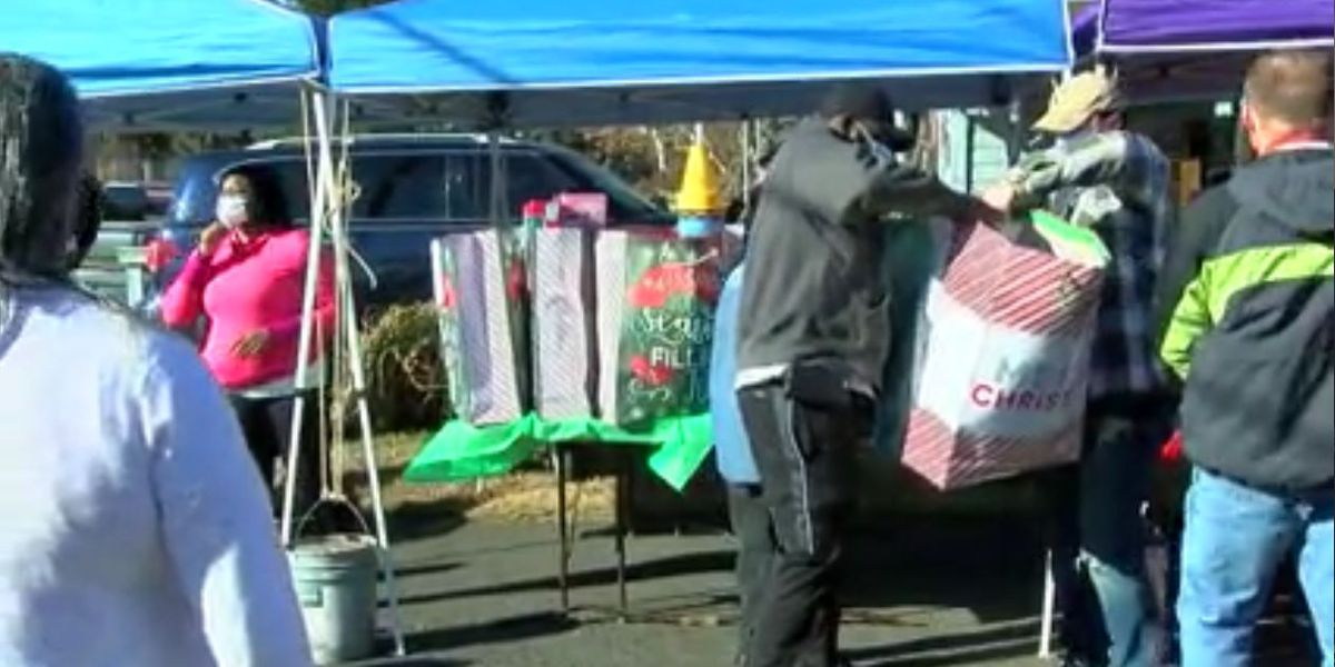 Ministry gives presents to East Texas families, children