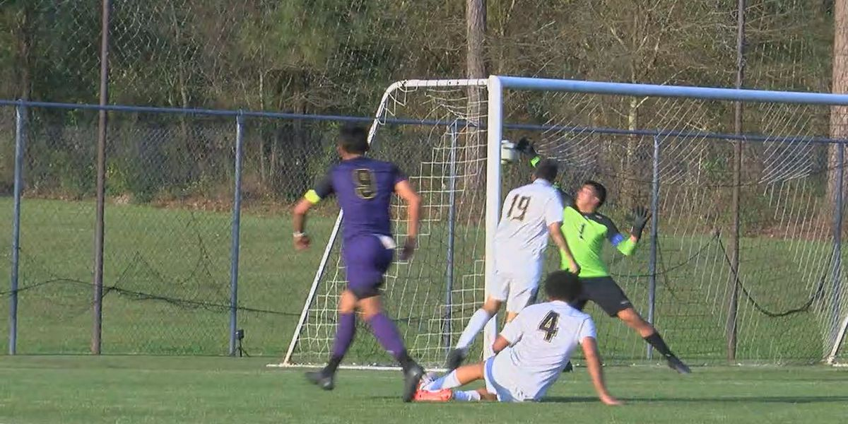 Lufkin opens soccer playoffs with 7-1 win over Pine Tree.