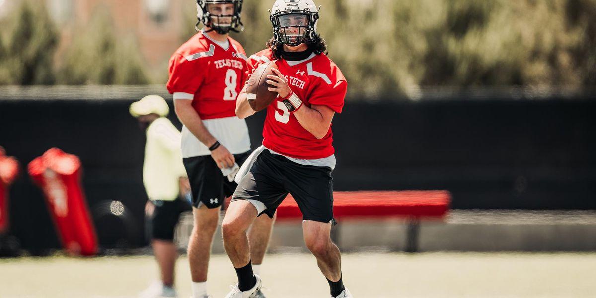 Texas Tech changing quarterbacks for West Virginia game