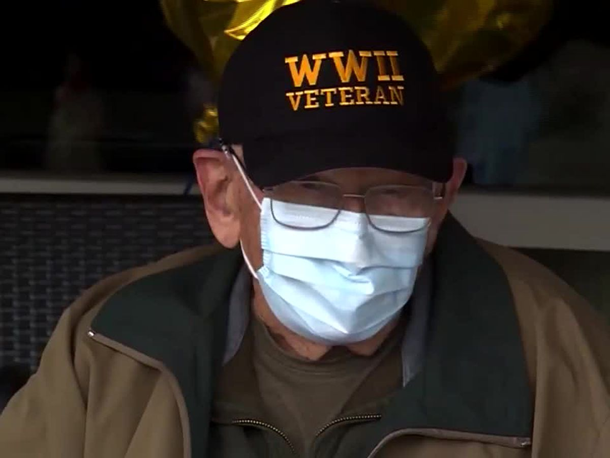 Oregon veteran celebrates 104th birthday after coronavirus recovery
