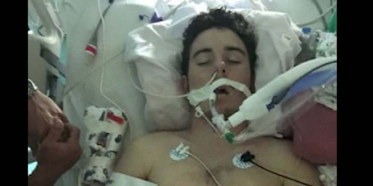 Teen spends summer on a ventilator after vaping