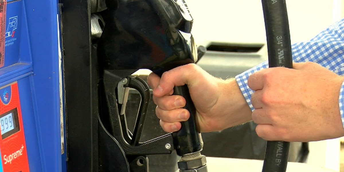 AAA Texas: Average gas price drops five cents across state, parts of East Texas