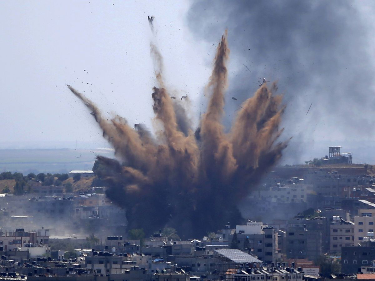 Deaths rise as Palestinians flee heavy Israeli fire in Gaza