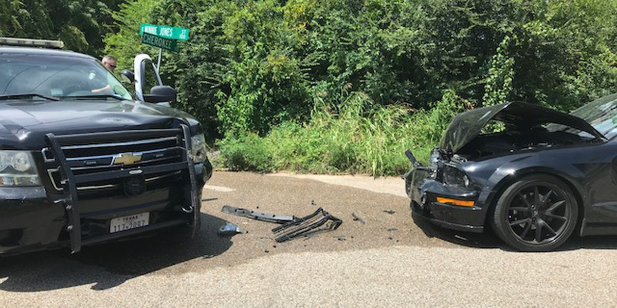 WEBXTRA: Minor injuries reported in crash involving Longview police car
