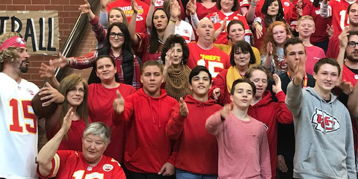 District holds 'Chiefs Day' to support NFL star, Whitehouse alum Patrick Mahomes ahead of AFC Championship