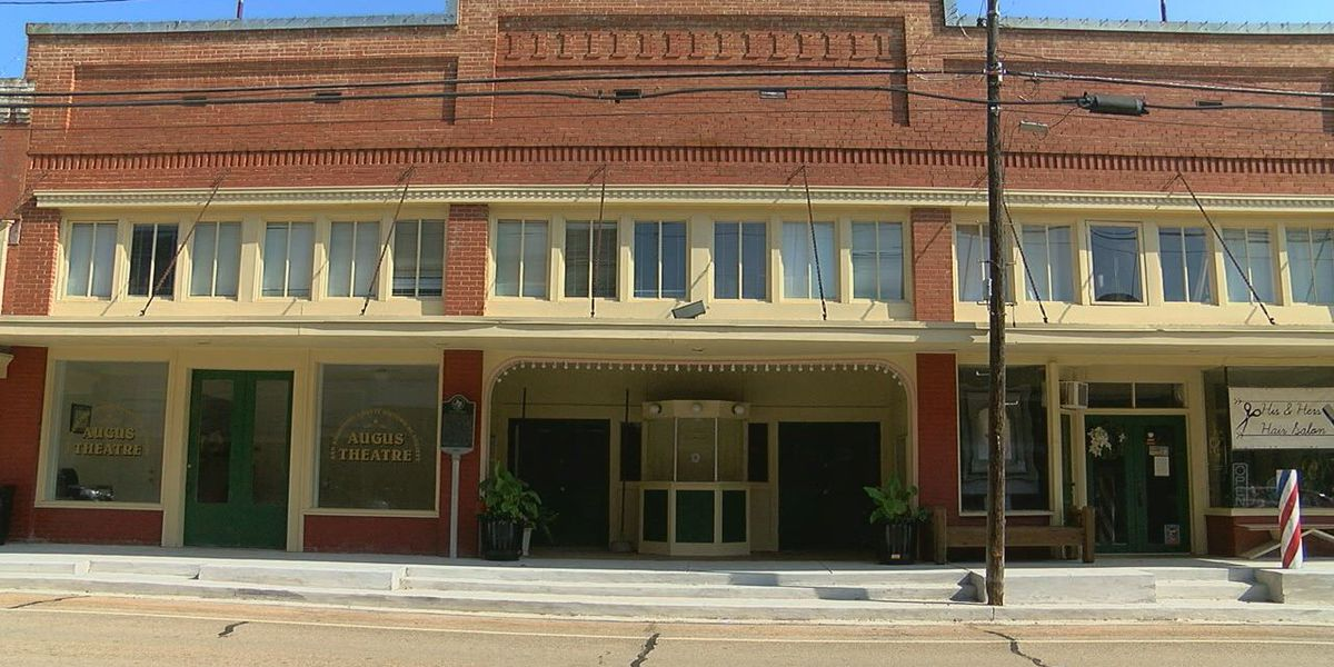 Mark in Texas History: Augus Theatre in San Augustine