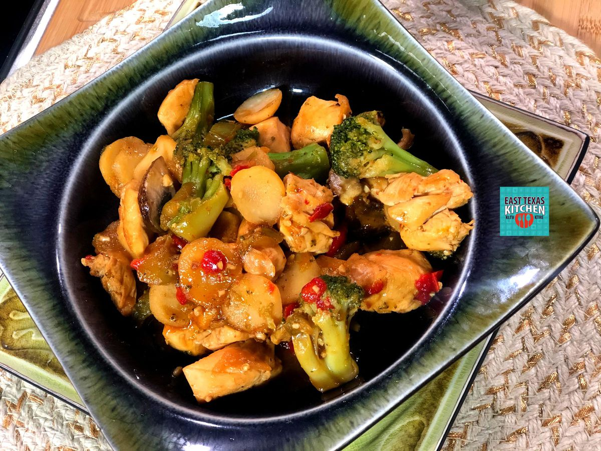 Chicken-vegetable stir-fry by Mama Steph