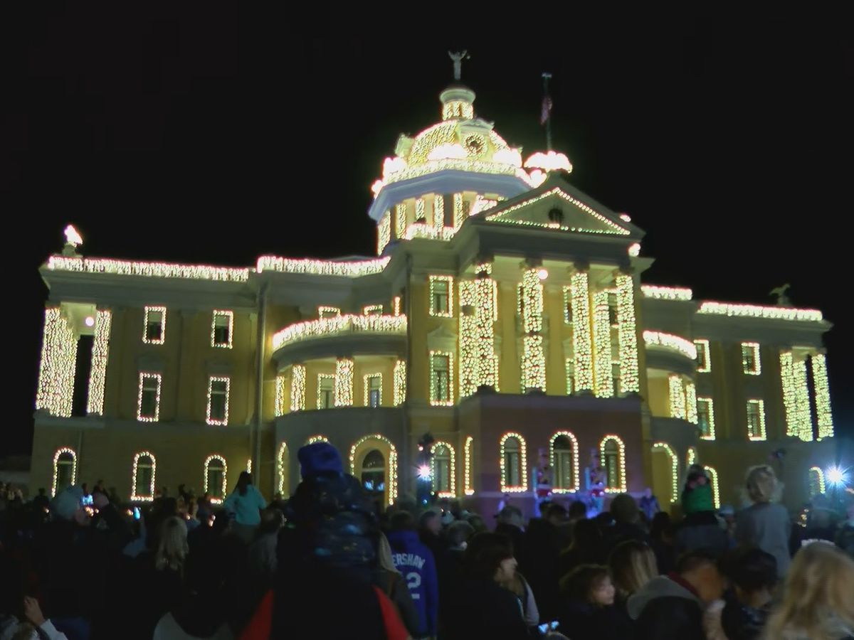 Marshall's 'Wonderland of Lights' kicks off tonight