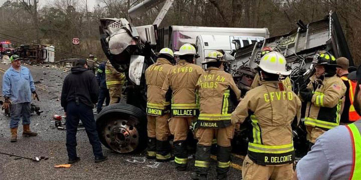 2 people die in 3-vehicle crash on Highway 79 in Panola County