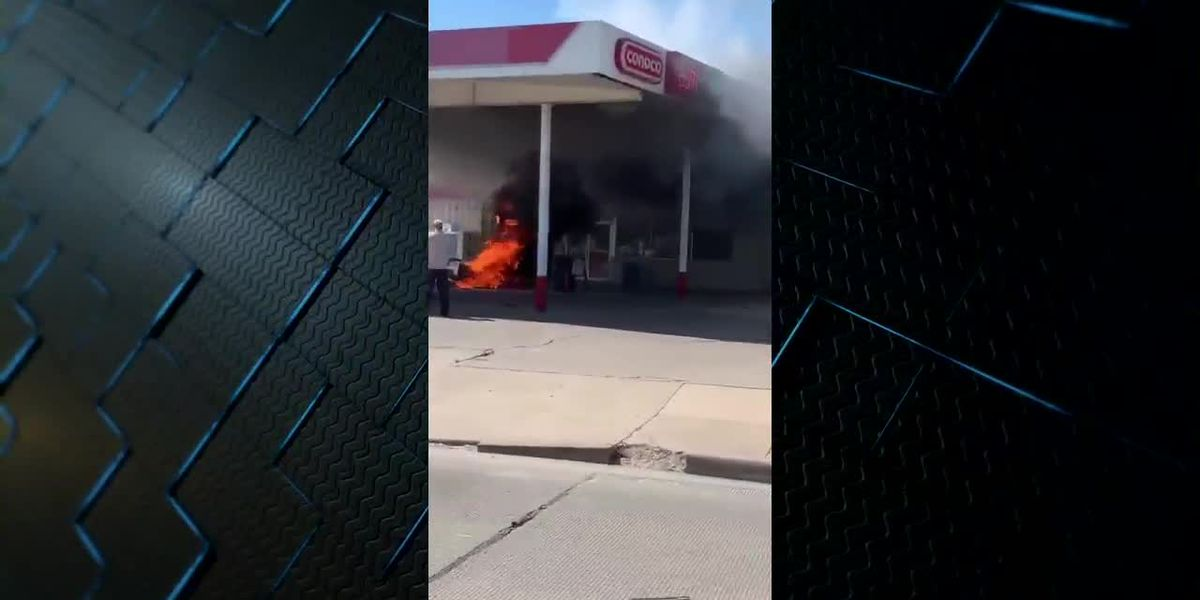 Fire at Seven Points gas station 2