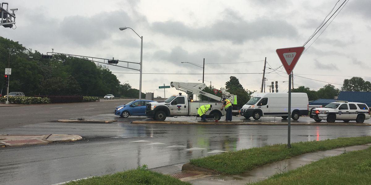 TRAFFIC ALERT: Tyler crash delays traffic at Broadway, Gentry