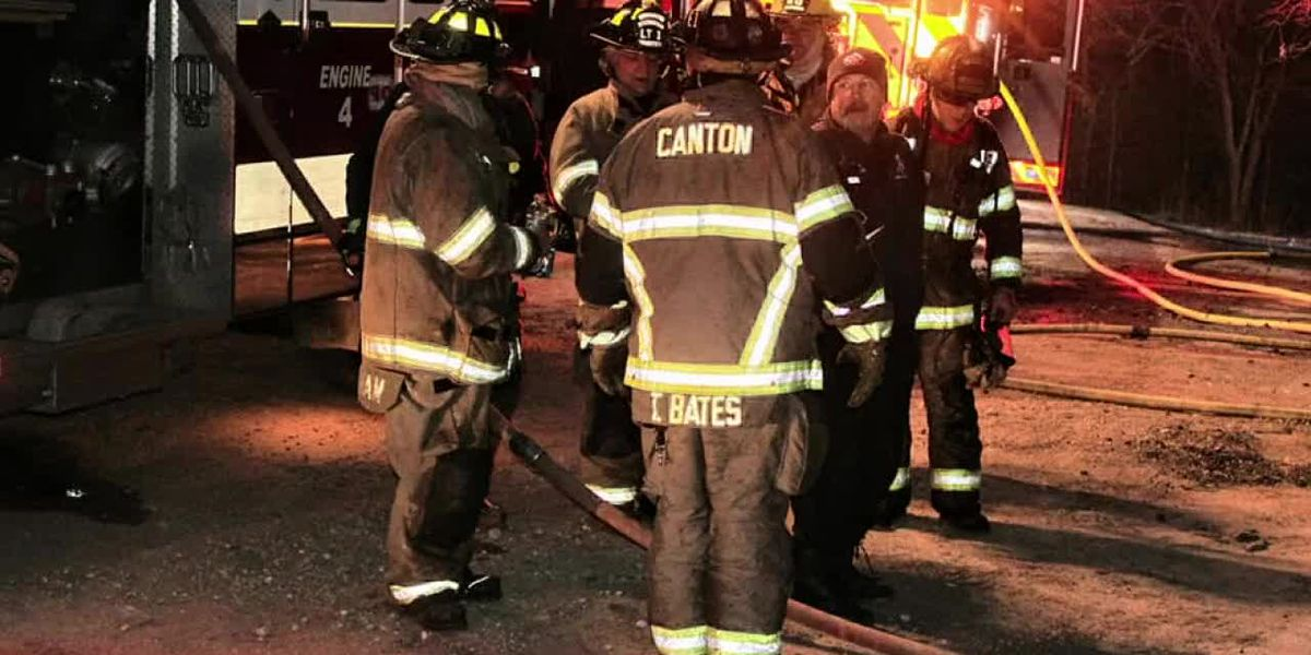 Canton man burned while rescuing dogs during mobile home fire