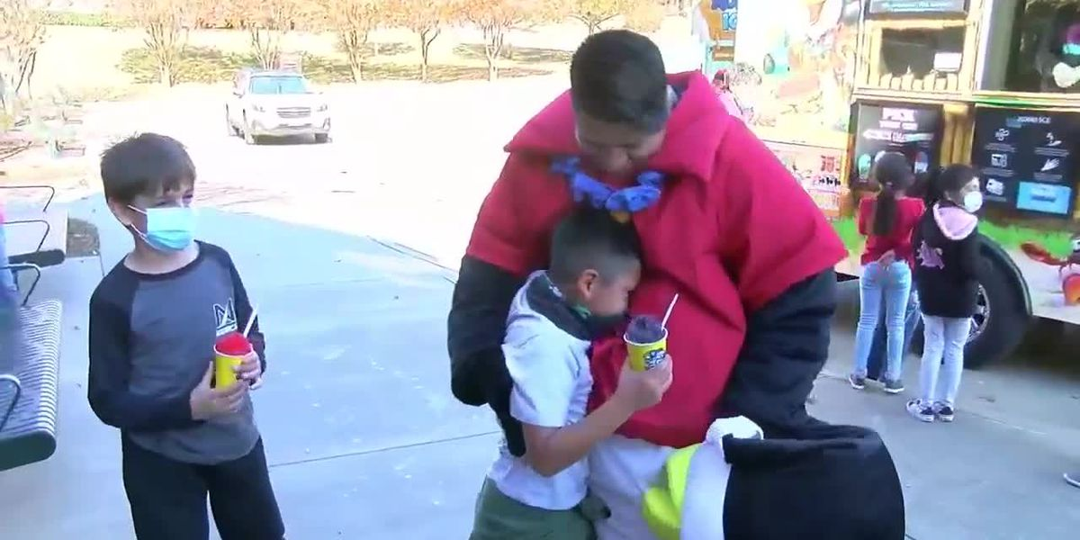 Andy Woods first grader gets huge surprise when dad returns from deployment, comes to school