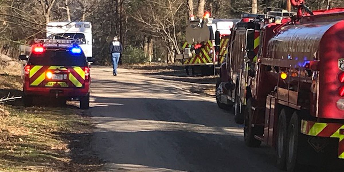 Smith County departments responding to structure fire