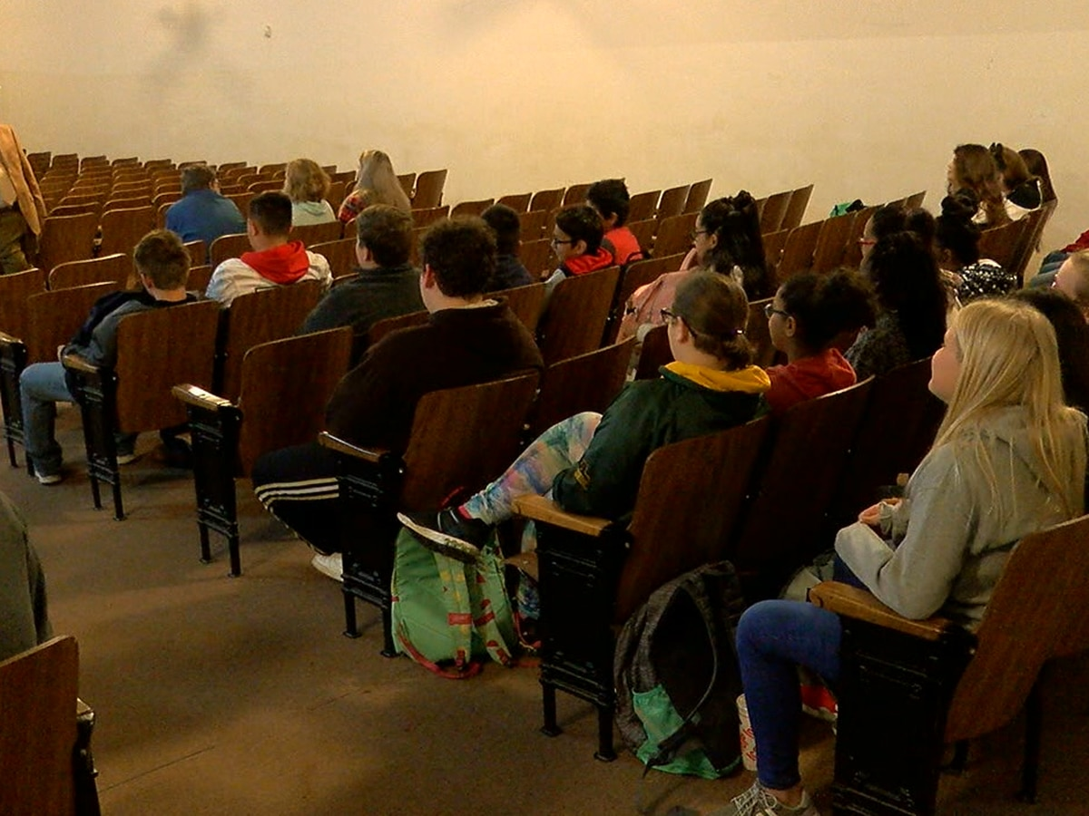 Rusk Co. Sheriffs Office gives kids a chance to ask questions about crime-ridden world
