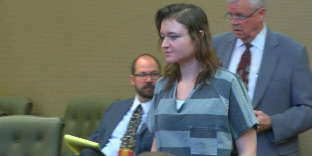 Trial for Gladewater woman arrested in murder-for-hire plot pushed to next year