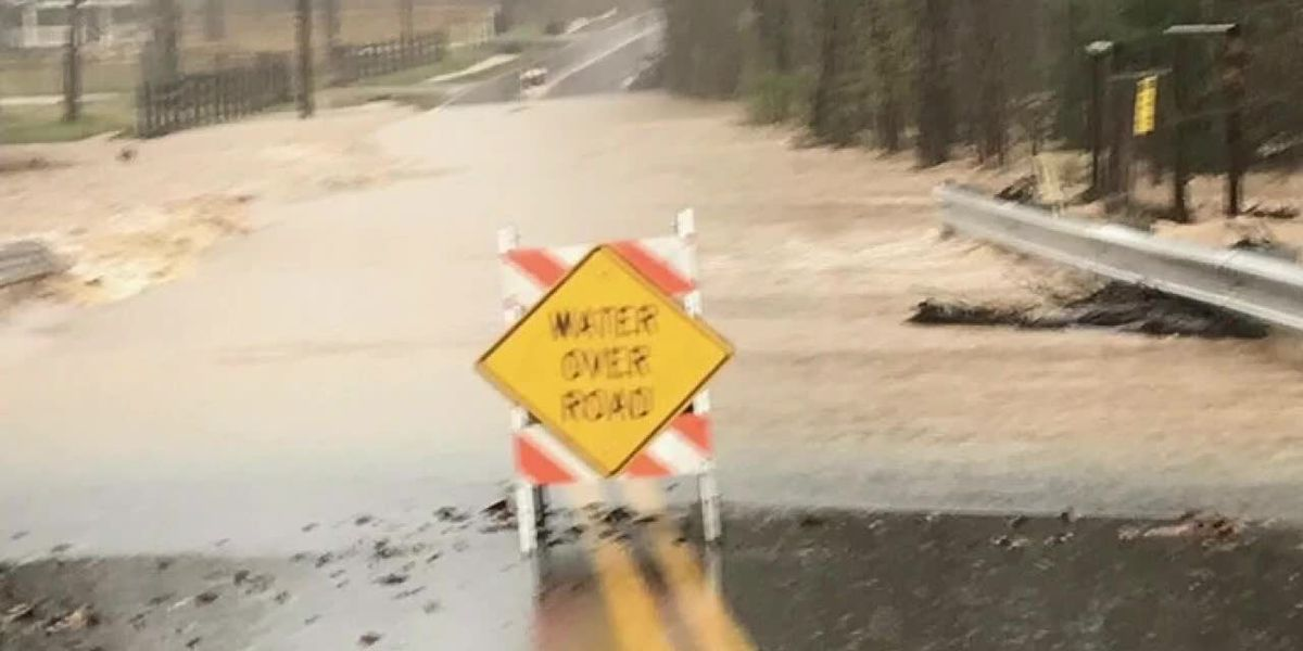 Roads flooded, possibly damaged in Gregg County