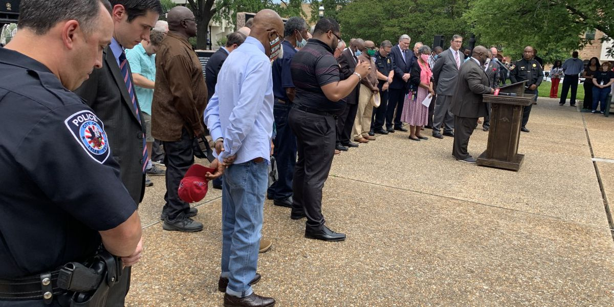 Community leaders, residents gather for prayer vigil in downtown Tyler