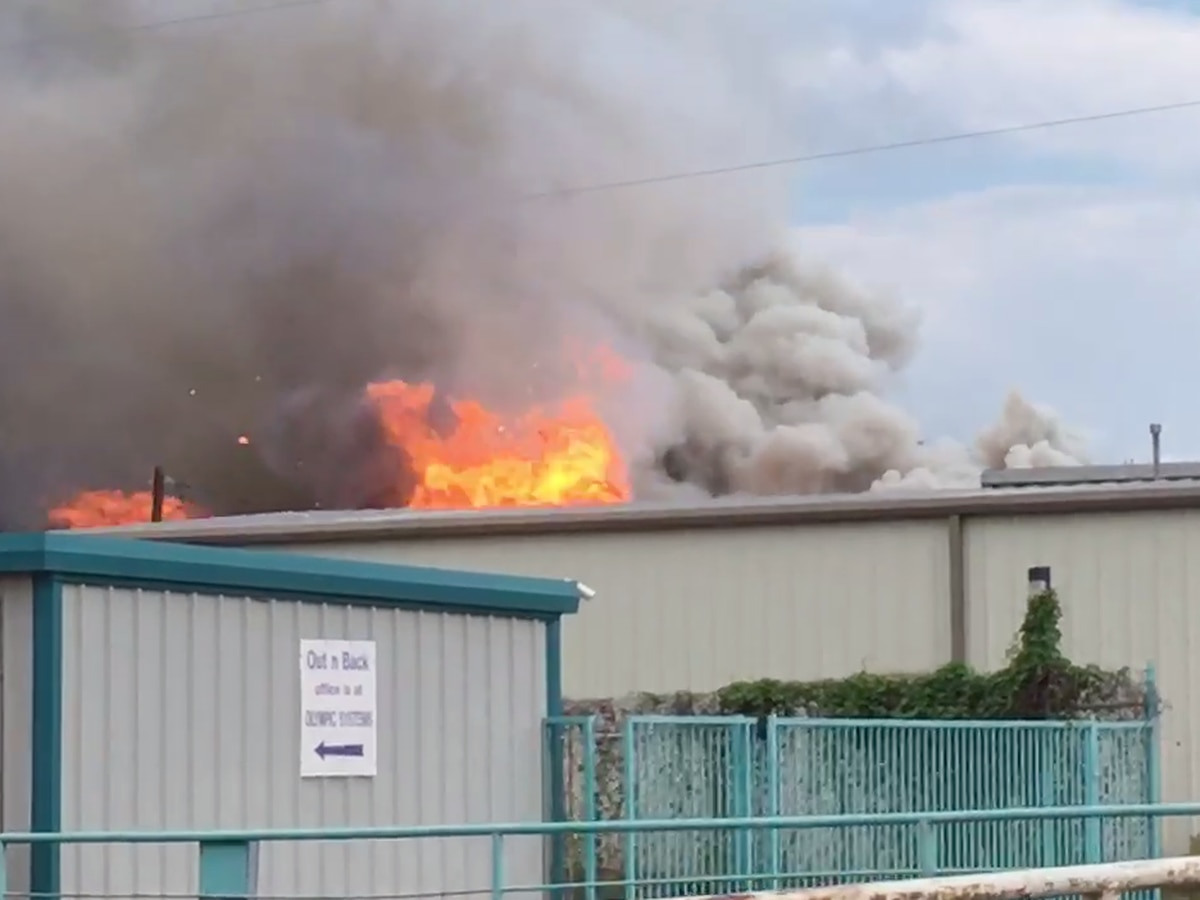 Crews responding to fire at Winnsboro Valley Feed Store