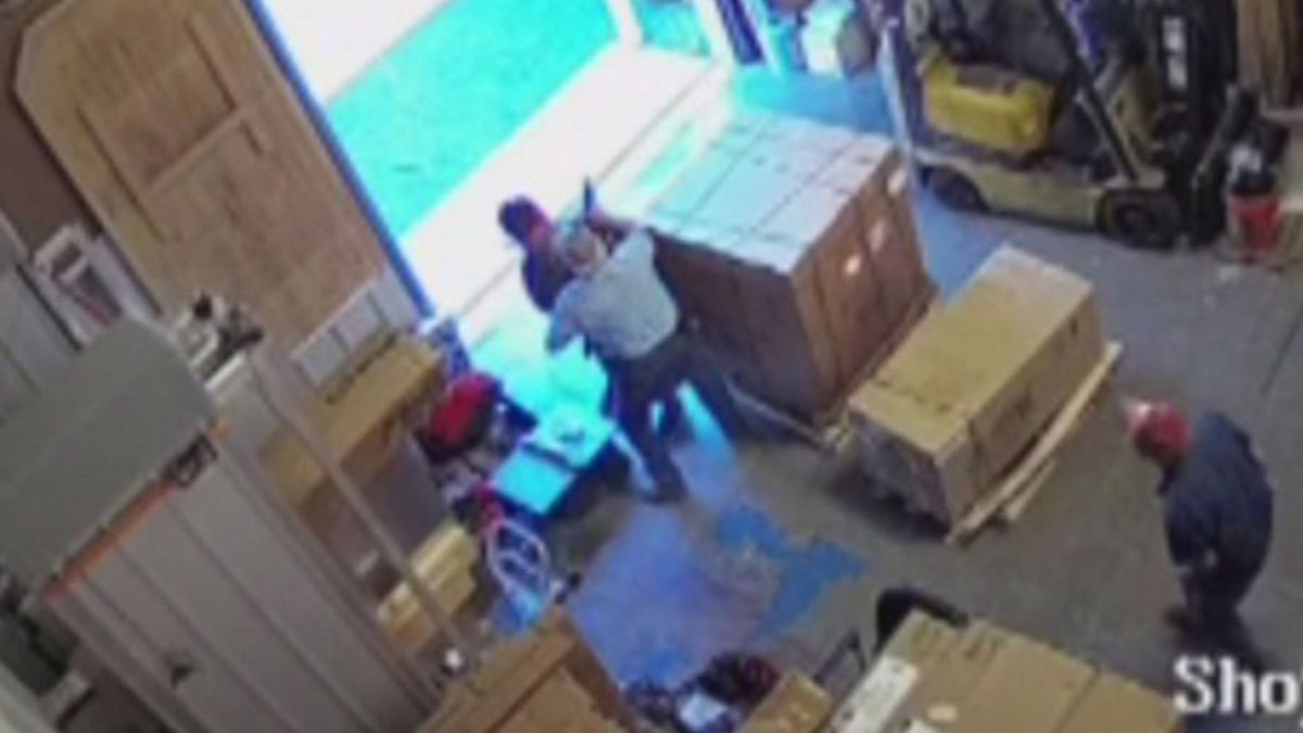 'He wasn't having a good day': Man cleverly wrestles shotgun from thief