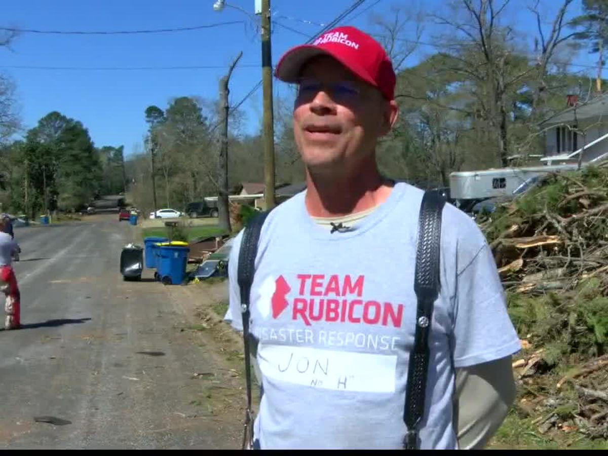 Team Rubicon helping in Kilgore cleanup
