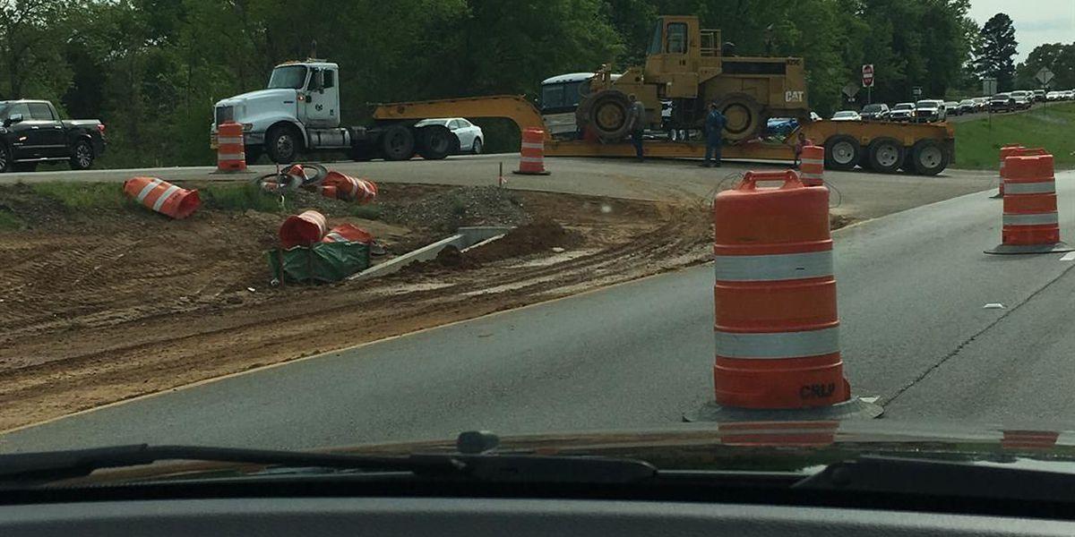 Traffic Alert: Big rig causing traffic to back up on Hwy 271