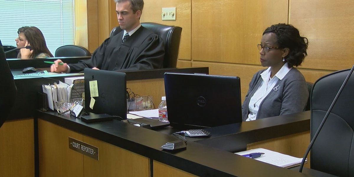 East Texas wrestles with court reporter shortage