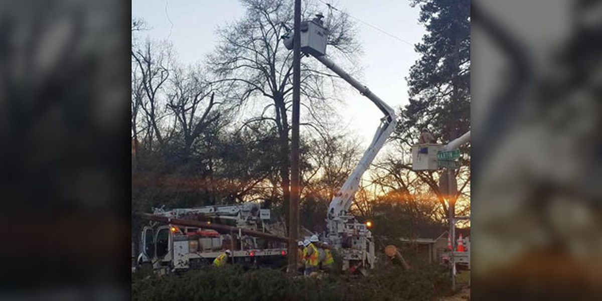 SWEPCO crews, contractors still working to restore power to East Texans after storm