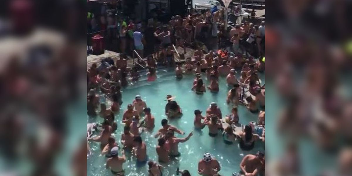 Crowds pack pool bar at Lake of the Ozarks amid pandemic