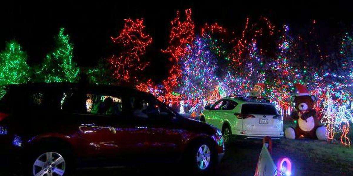 Carmela's Mini Santa Land, still free and bigger than ever