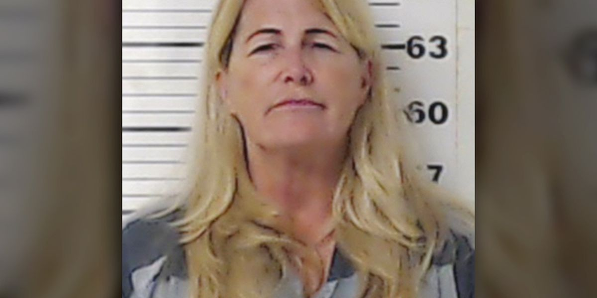 Henderson County Sheriff: Woman who turned dogs loose against workers gave false name