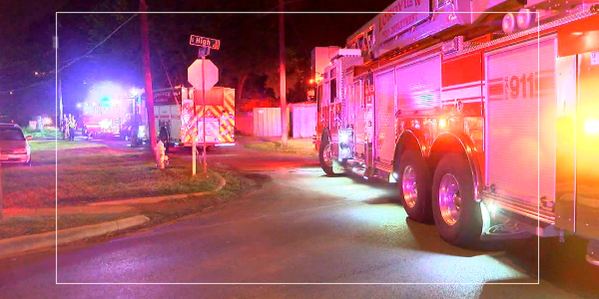 Firefighters knock down early morning house fire in Longview
