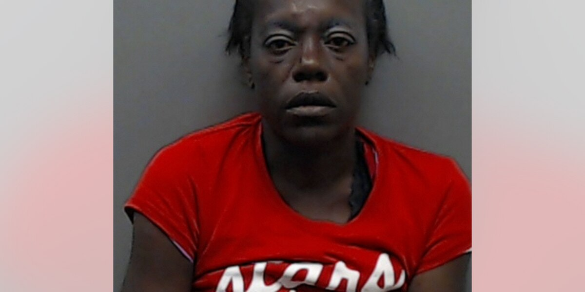 Woman arrested after reportedly fighting Tyler PD officers at Family Dollar