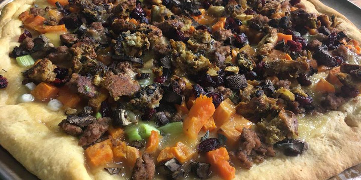 Day-after-Thanksgiving pizza by Mama Steph