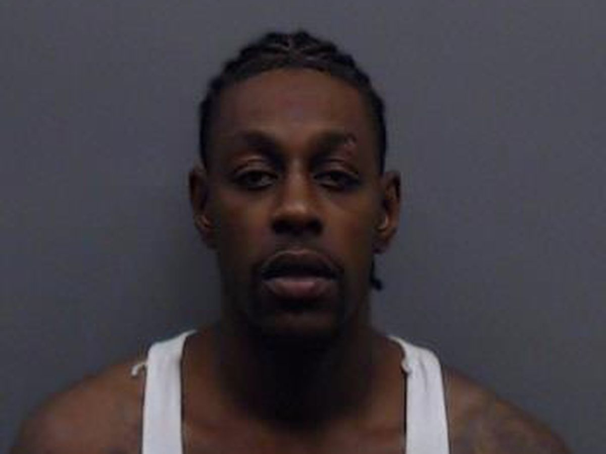 Smith County jury convicts gang member accused of assaulting officer, drug offenses