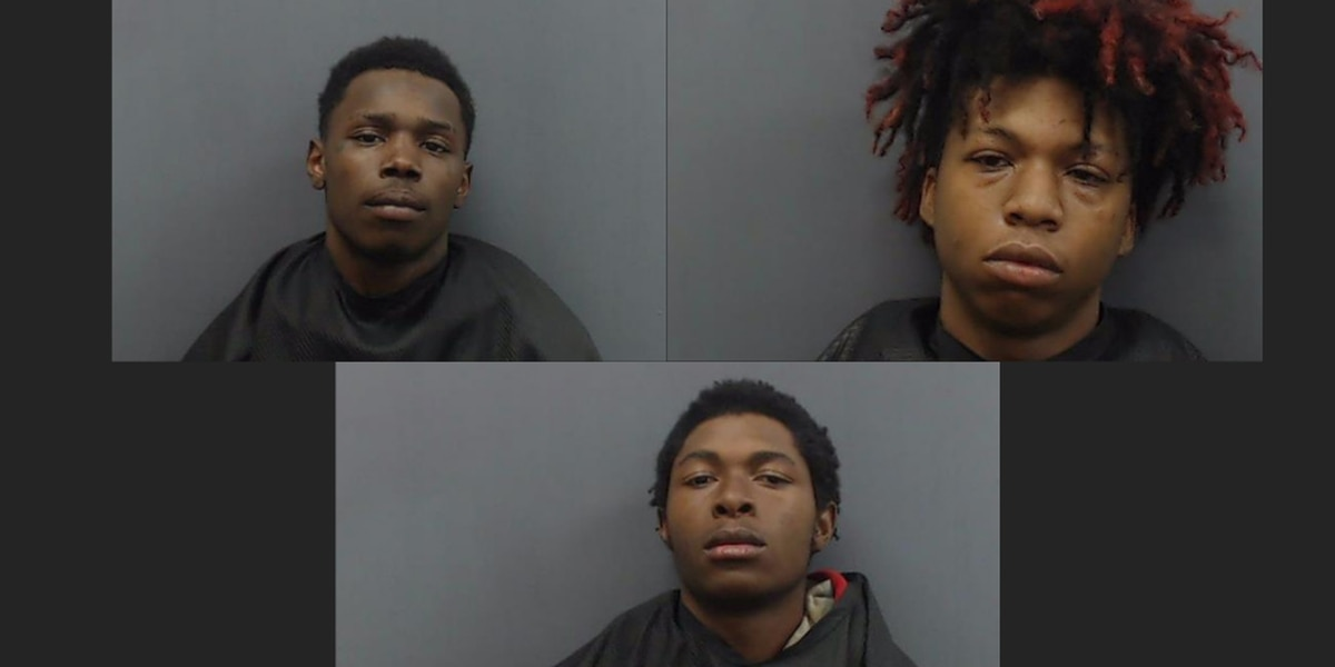 3 suspects arrested in connection with Longview robbery