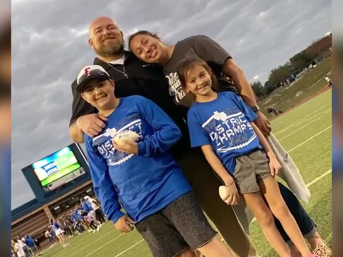 Lindale coach Travis Gray dies after COVID-19 hospitalization
