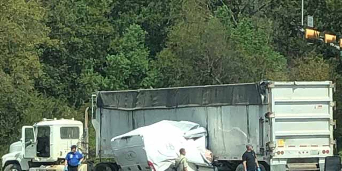 UPDATE: One killed in crash on US 271 in Pittsburg